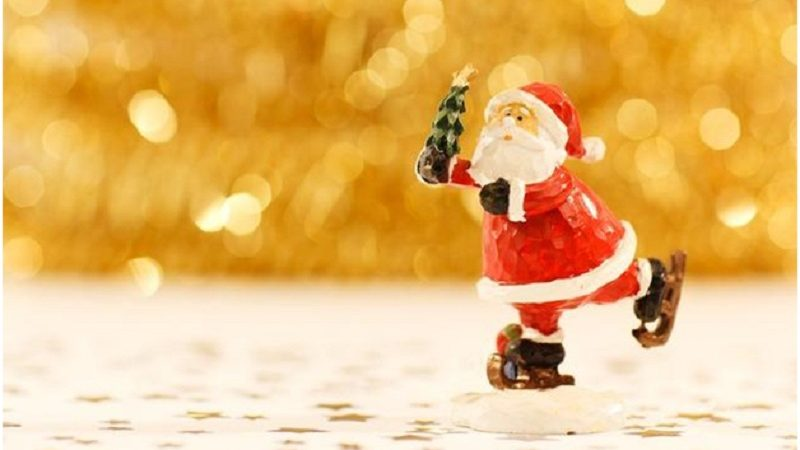 Creating A Santa Workshop For Your School Holiday Store Fundraiser
