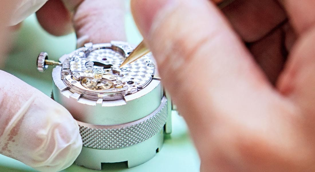 The Proper Way to Clean Your Watches