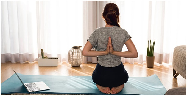 Practicing Yoga Online On Your Own Schedule