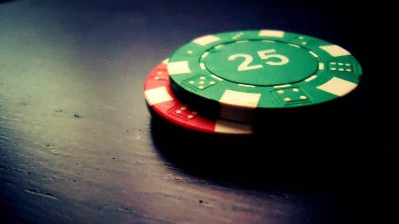 How can Psychology help you win Online Poker?