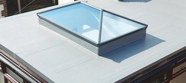 Do you Replace or Repair a Flat Roof ?