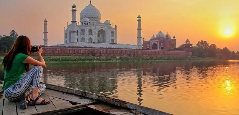 Guide to a One-day Agra Darshan