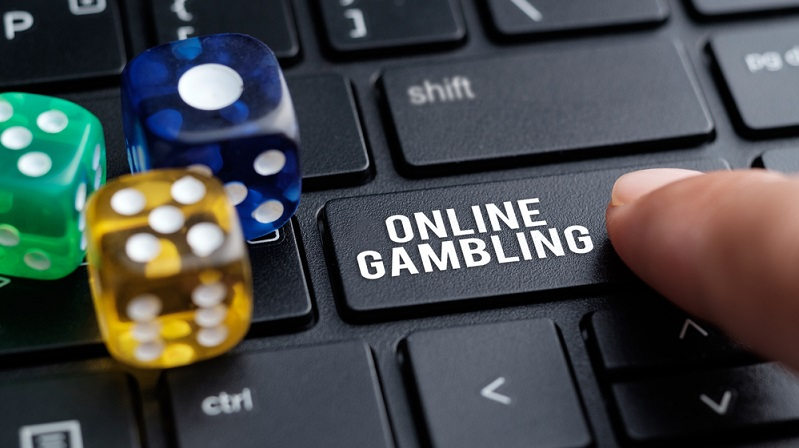 Make More Money By Playing Online Gambling From The Comfort Of Your Home