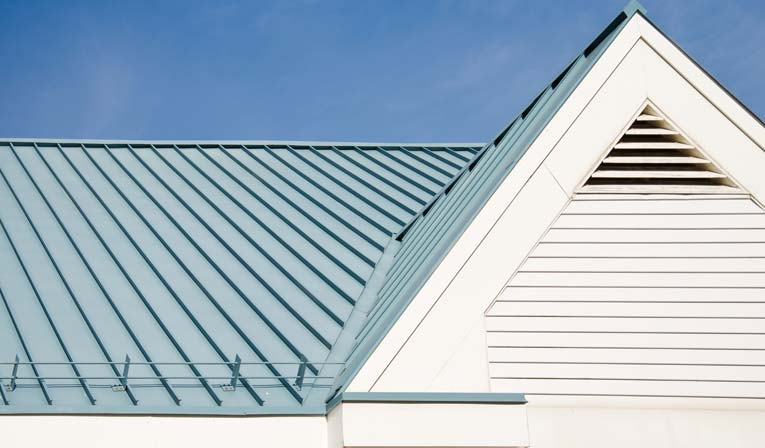 DIFFERENCES BETWEEN RESIDENTIAL AND COMMERCIAL ROOF