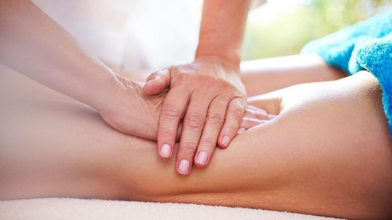 How Massage Therapy Addresses Joint Pain