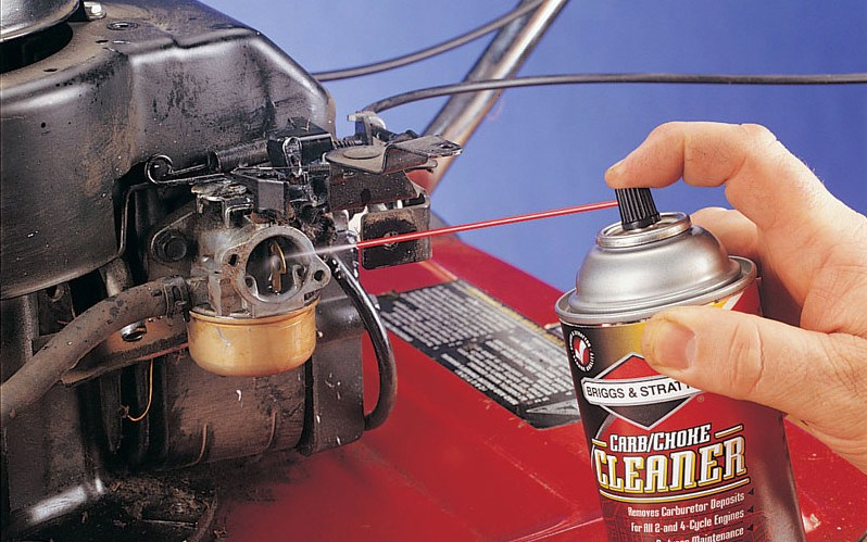 How Fuel Additives and Carburetor Cleaners Work