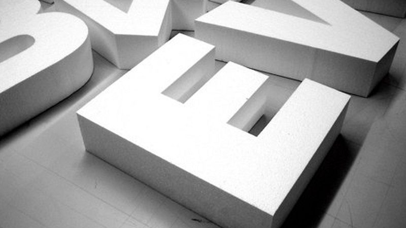 Steps to choose the right 3D business letters