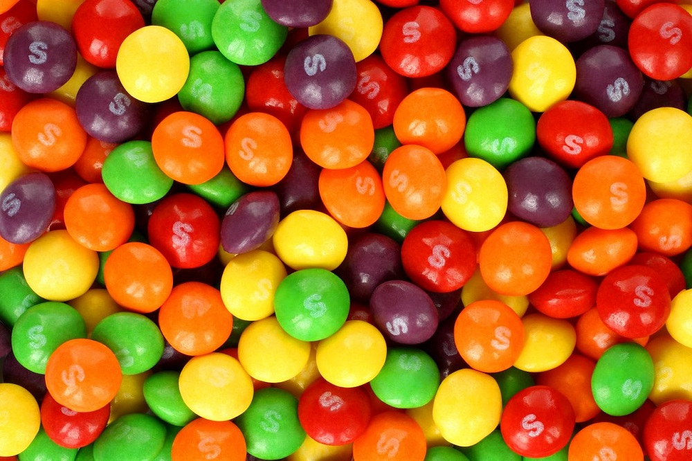5 Reasons Why Skittles Are Better Than Smarties