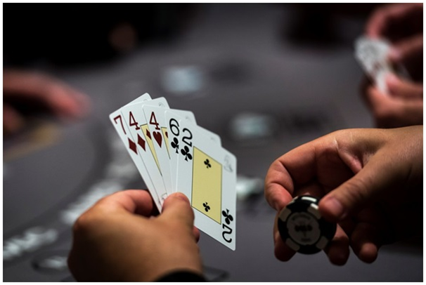 Simple tricks to make you an ace Poker player