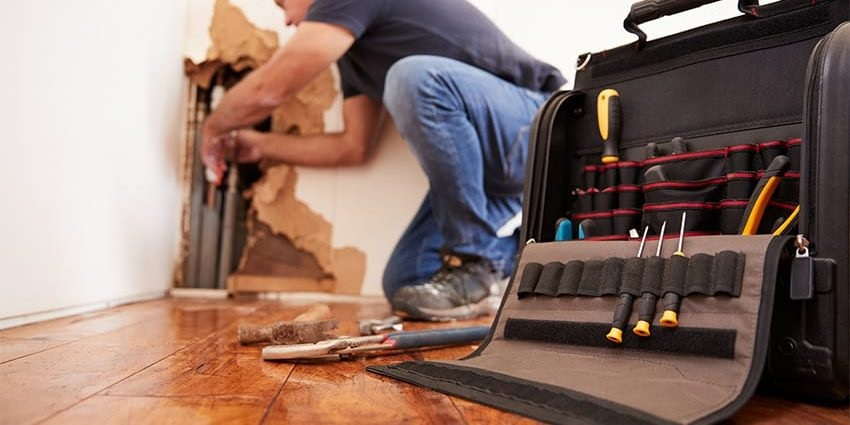 Why Should You Hire a Water Damage Service?