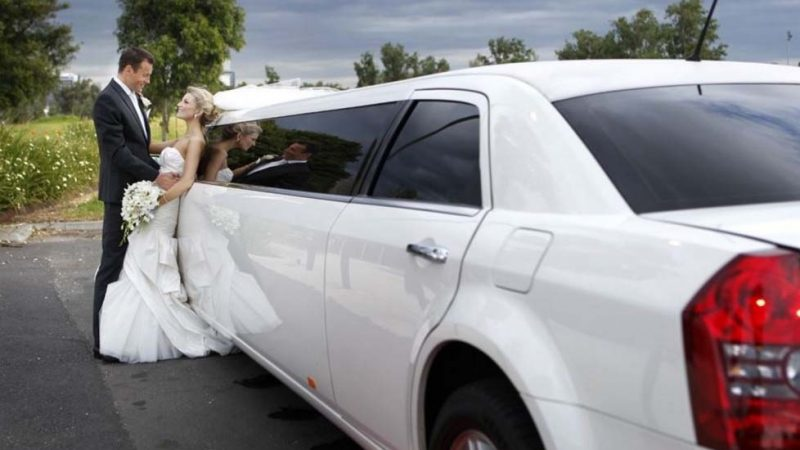 Make Your Celebrations Unforgettable With a Limo Hire
