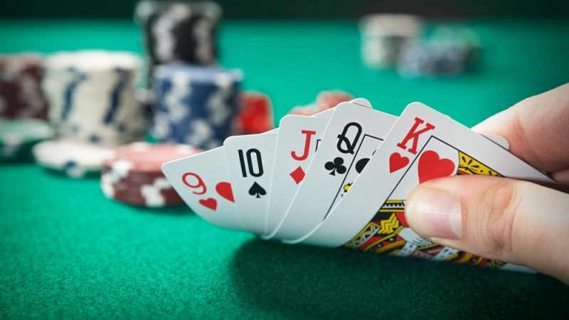 Why Dominoqq Is A Popular Poker Application?