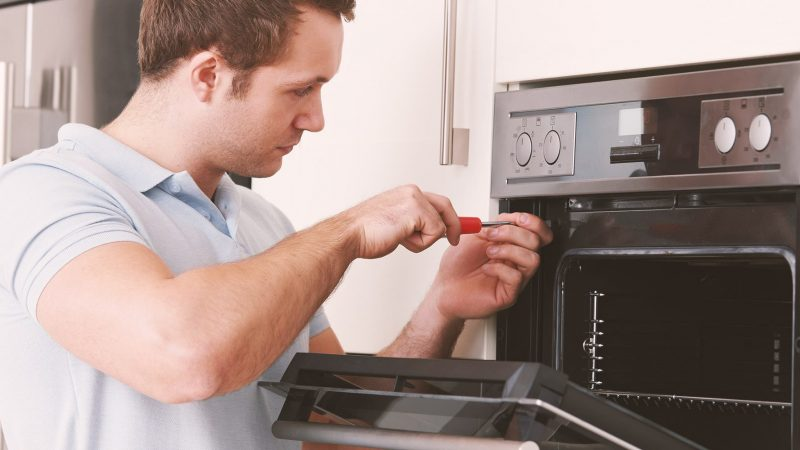 5 Things to Look for Before Hiring a Professional Electrical Appliance Installer