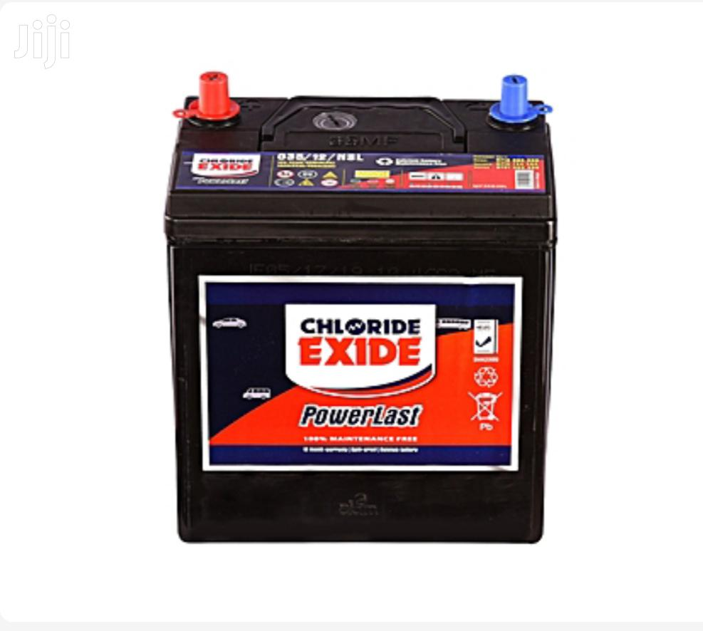 Will Storing a Battery on Concrete Flooring Discharge It?
