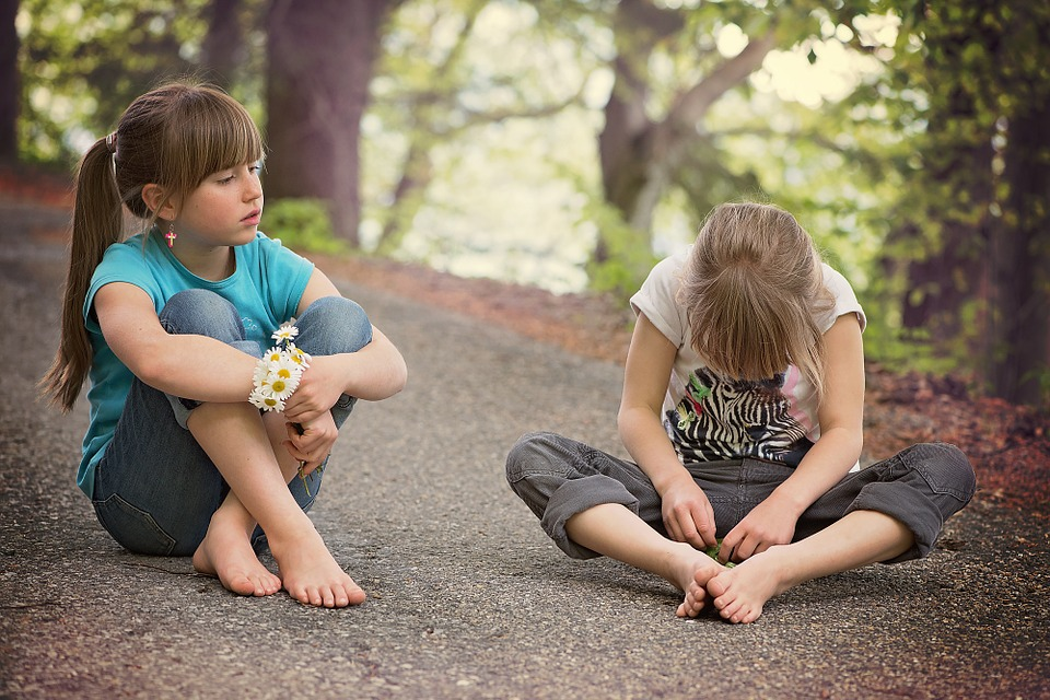 Dos and Don'ts Of Talking To A Child About Death