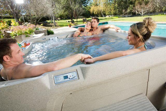 3 Reasons to Buy a Hot Tub in Orem
