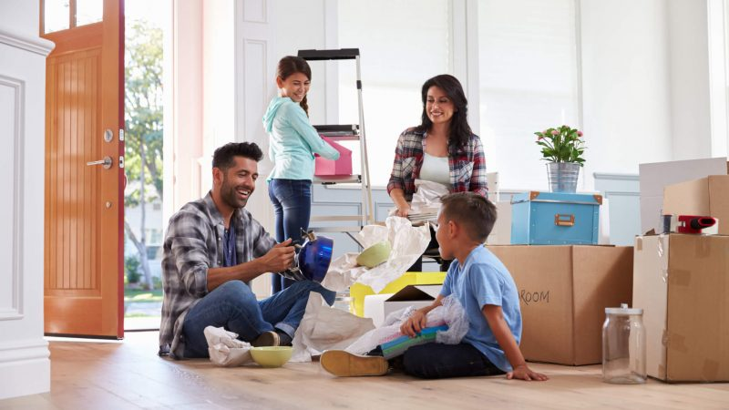 Five Reasons to Hire a Professional Packing Team for Your Next Move